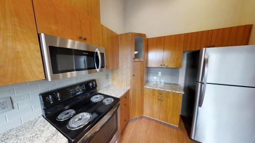 5264 NE 121st Avenue Photo 1
