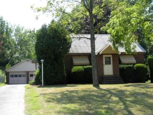 3104 Caughey Road Photo 1