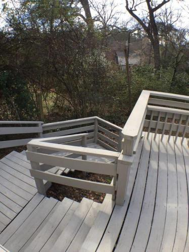 1221 Cedar Terrace Photo 1