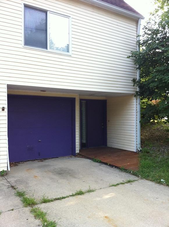 802 W Springfield Avenue, Urbana, IL 61801 | HotPads