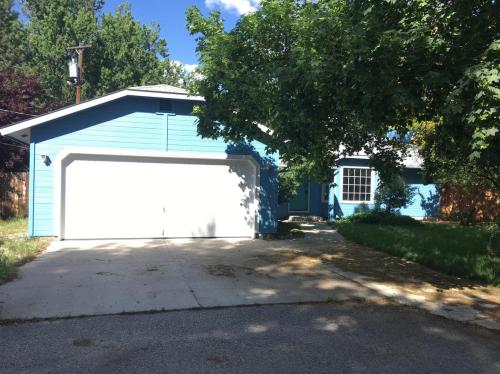4970 W Willow Lane Photo 1