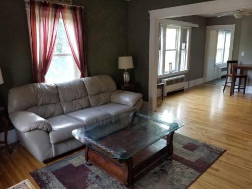 34 Longmeadow Avenue #1 Photo 1
