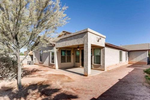 Groovy Houses For Rent In Maricopa Az From 1 2K To 3K A Month Beutiful Home Inspiration Cosmmahrainfo