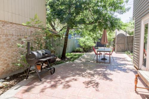 13633 Forest Rock Drive Photo 1