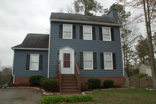 2501 Sutton Place Photo 1