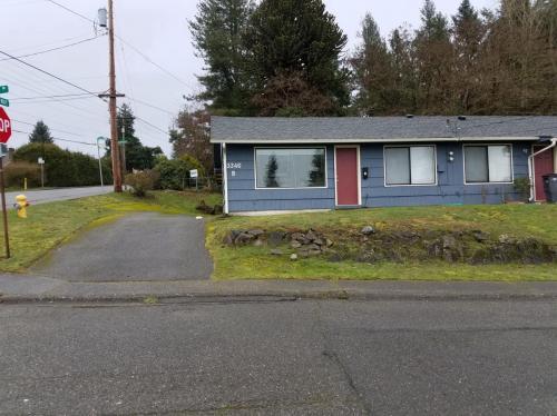 3346 Ward Avenue #B Photo 1