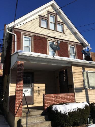 442 Elanor Street #3 Photo 1