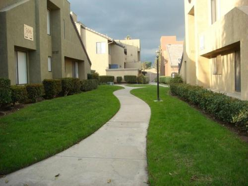 416 N Imperial Avenue Photo 1