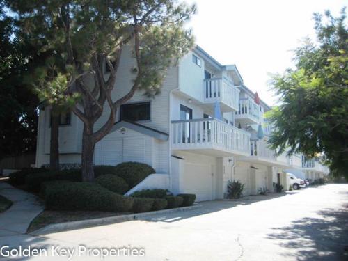 339 Pine Avenue Photo 1