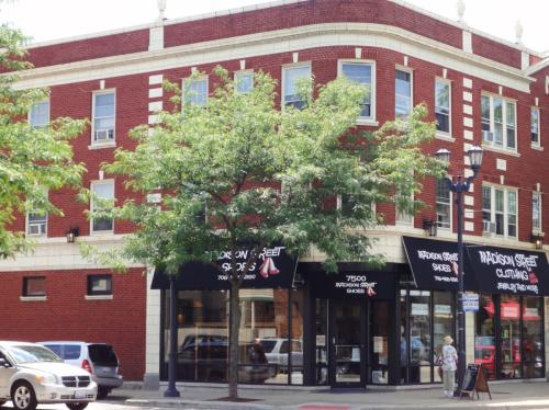 7502 Madison Photo 1