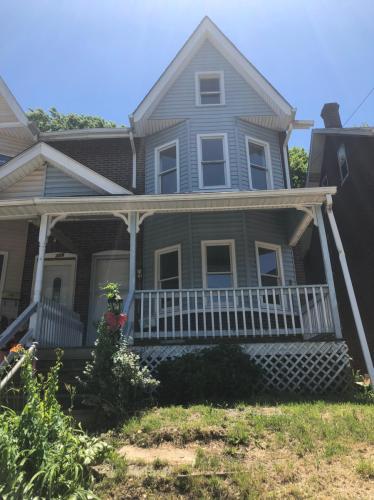 356 Walnut Street Photo 1