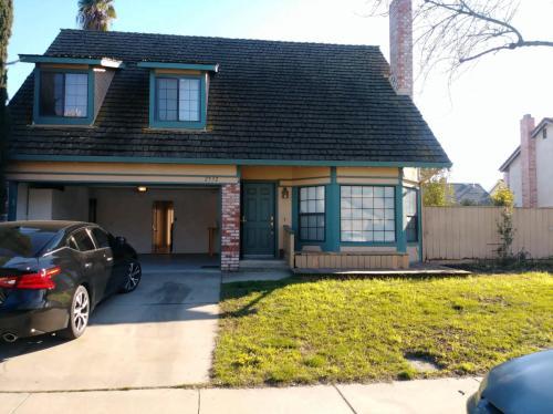 2532 Burlwood Drive Photo 1