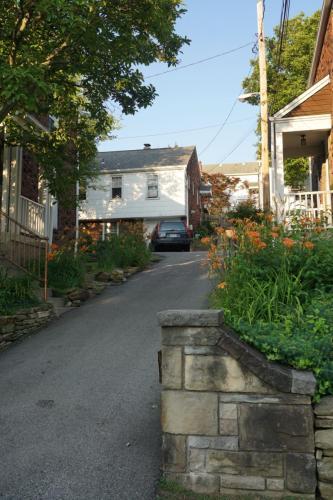 610 George Street Photo 1