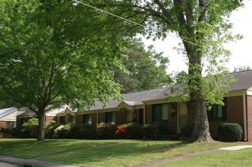 2403 Country Club Court Photo 1