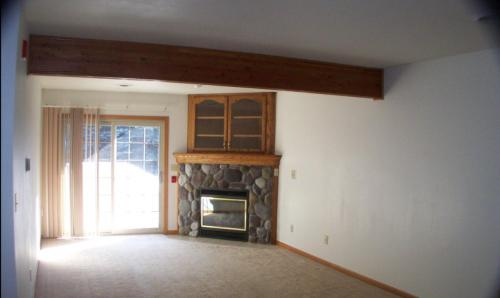 1527 Clarence Court #A Photo 1