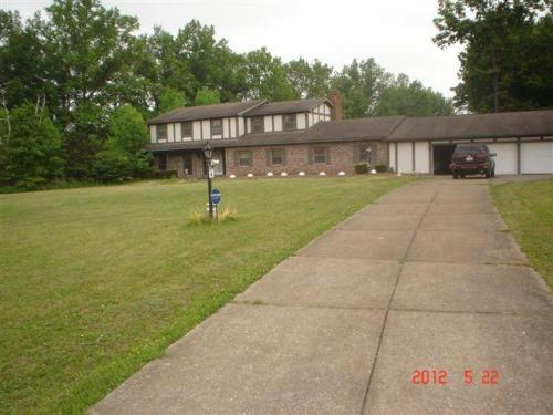 119 Country Place Photo 1