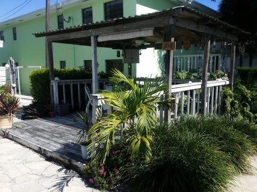 5615 N Ocean Boulevard #4 Photo 1