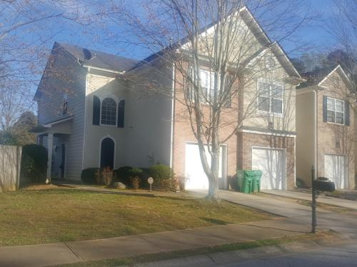 845 Biltmore Court Photo 1