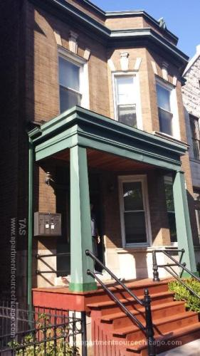 1324 W Barry Avenue #2F Photo 1