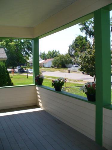 4828 N Cook Street Photo 1