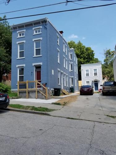 410 Warner Street Photo 1