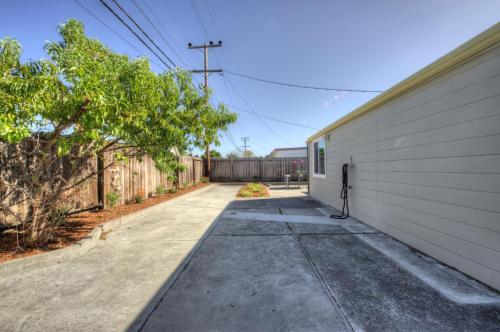1531 Dix Street Photo 1