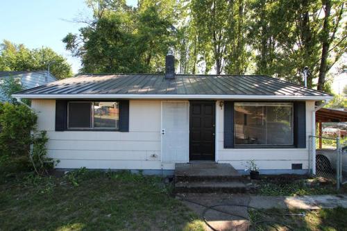 11905 Renton Avenue S Photo 1