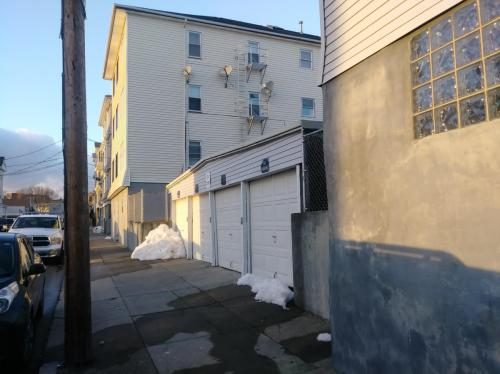 92 Pitman Street #2E Photo 1