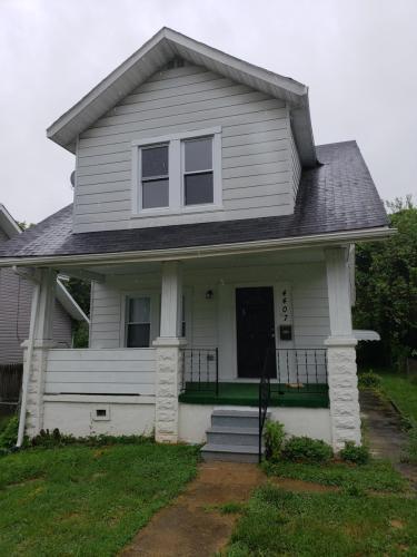 4407 Furley Avenue Photo 1