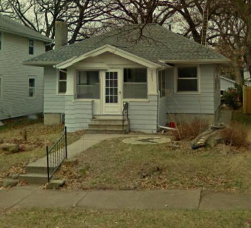 1051 Daniels Street NE Photo 1