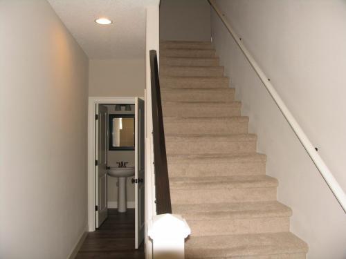 3785 SE Willamette Avenue Photo 1