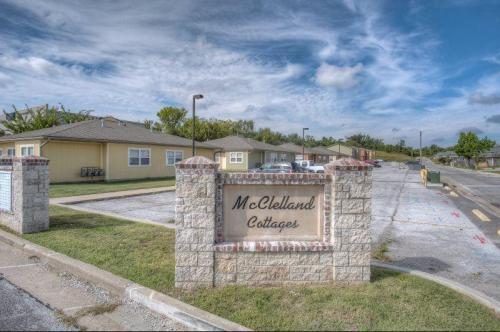 2946 Mc Clelland Boulevard #D Photo 1