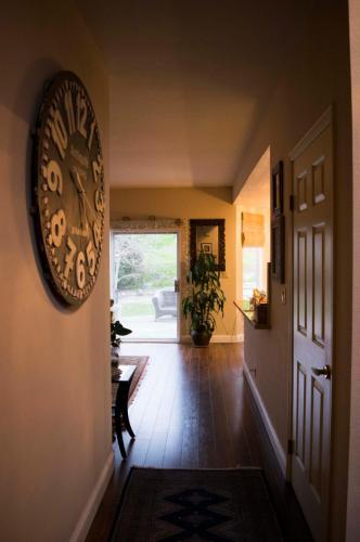 44994 Cougar Circle Photo 1
