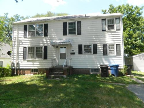 4142 3rd Street Photo 1