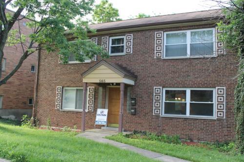 565 Lowell Avenue Photo 1