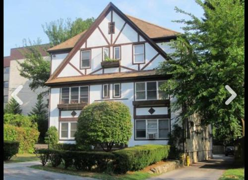 8 Rutherford Avenue #2C Photo 1
