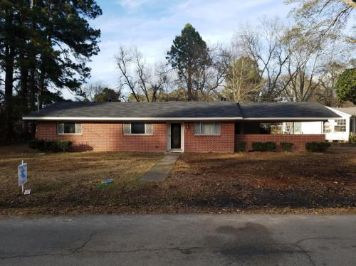 300 Riverbend Drive Photo 1