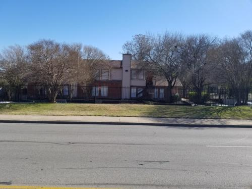 7107 E Highway 290 #C Photo 1