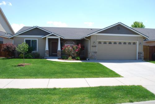 11215 W Springgold Drive Photo 1