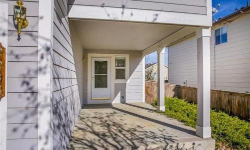 2245 Ashwood Place Photo 1