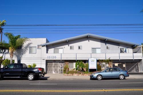 15120 S Normandie Avenue Photo 1