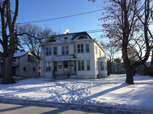 1218 Washington Street Photo 1