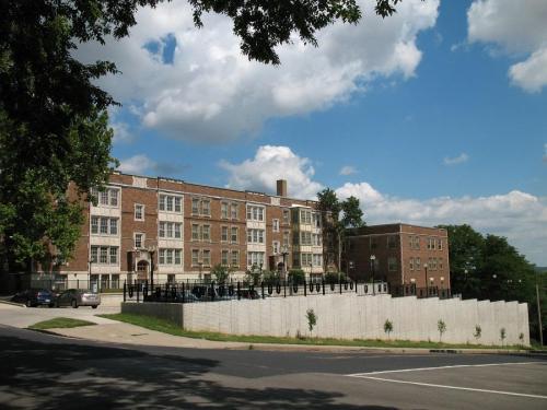 818 W Moss Avenue #B4 Photo 1