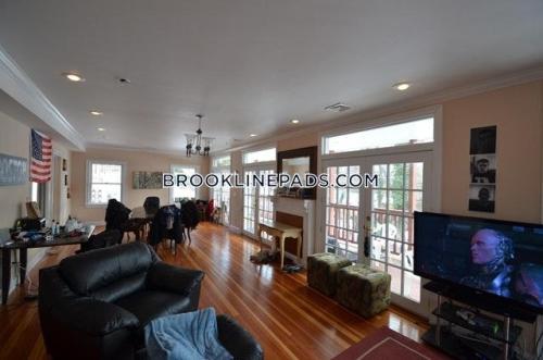 159 Longwood Avenue Photo 1