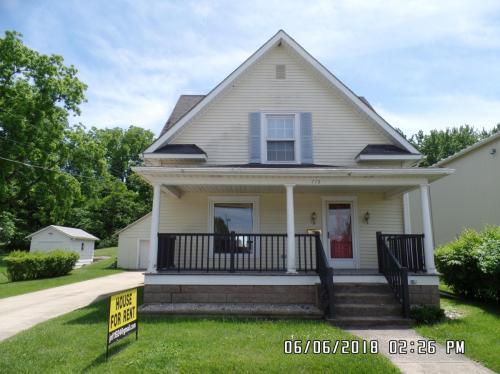 715 W Prospect Street Photo 1