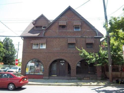 193 Zerby Avenue #2R Photo 1
