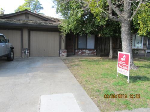 1307 Oak Terrace Court Photo 1