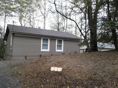 577 Pocaset Drive Photo 1