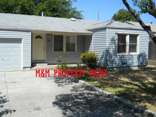 3837 Presidio Street Photo 1