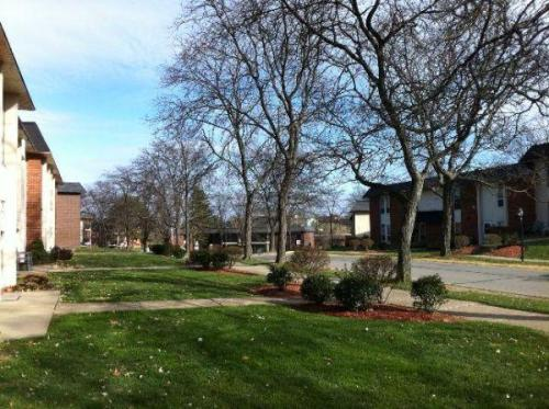 223 College Park Drive Photo 1